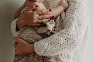 女性が安心して妊娠・出産・育児ができる世界